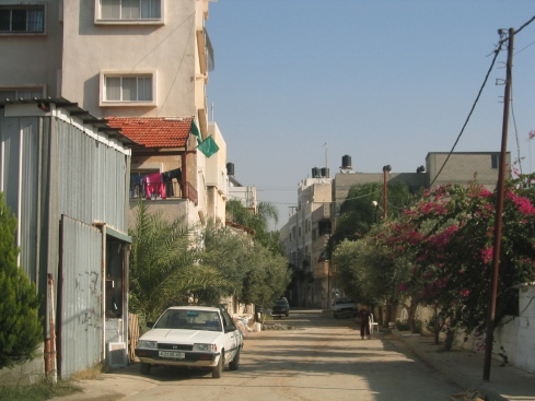 Qalqilia, the Palestinian city with 40,000 people totally surrounded by the Wall.