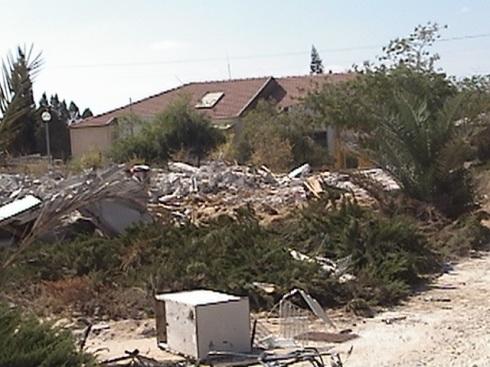 An abandoned settlement building